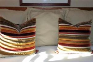 190B King Linen Set