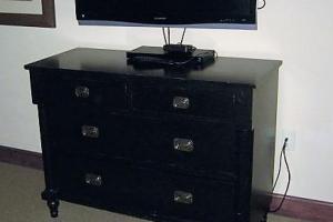203 Black 4 Drawer Dresser