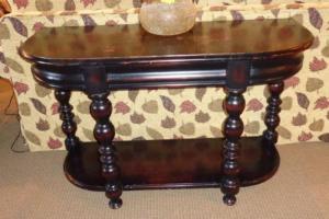 228 Spindle Leg Sofa Table